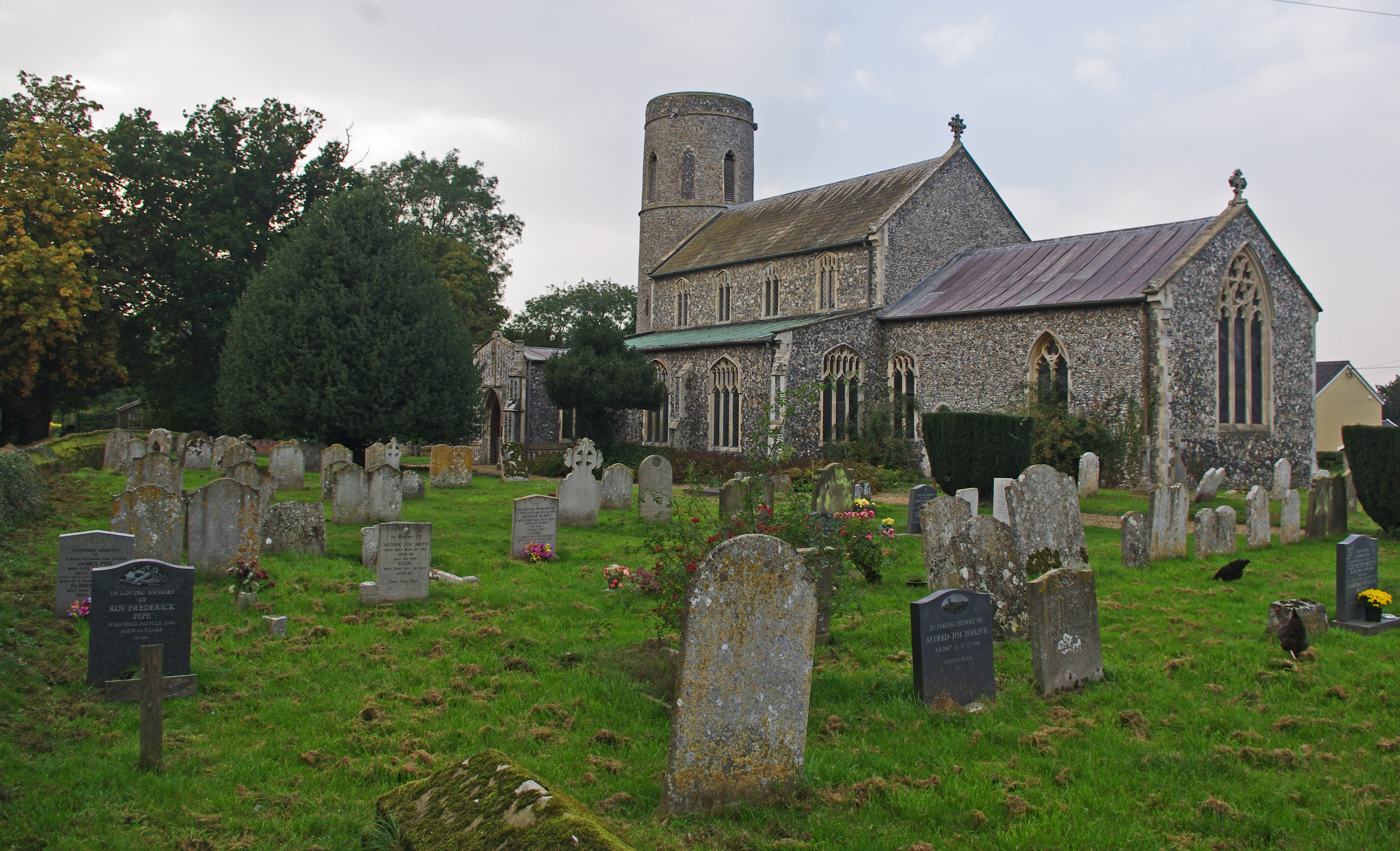 St Andrew Churchyard