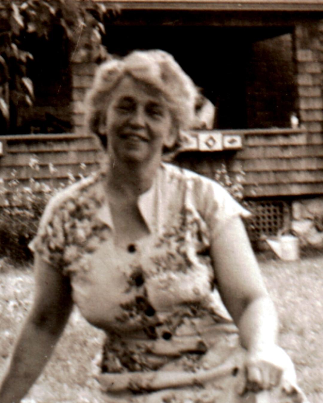 Charito Solis (1933?998) Adult pics Valerie Tian,Jill Eikenberry born January 21, 1947 (age 71)