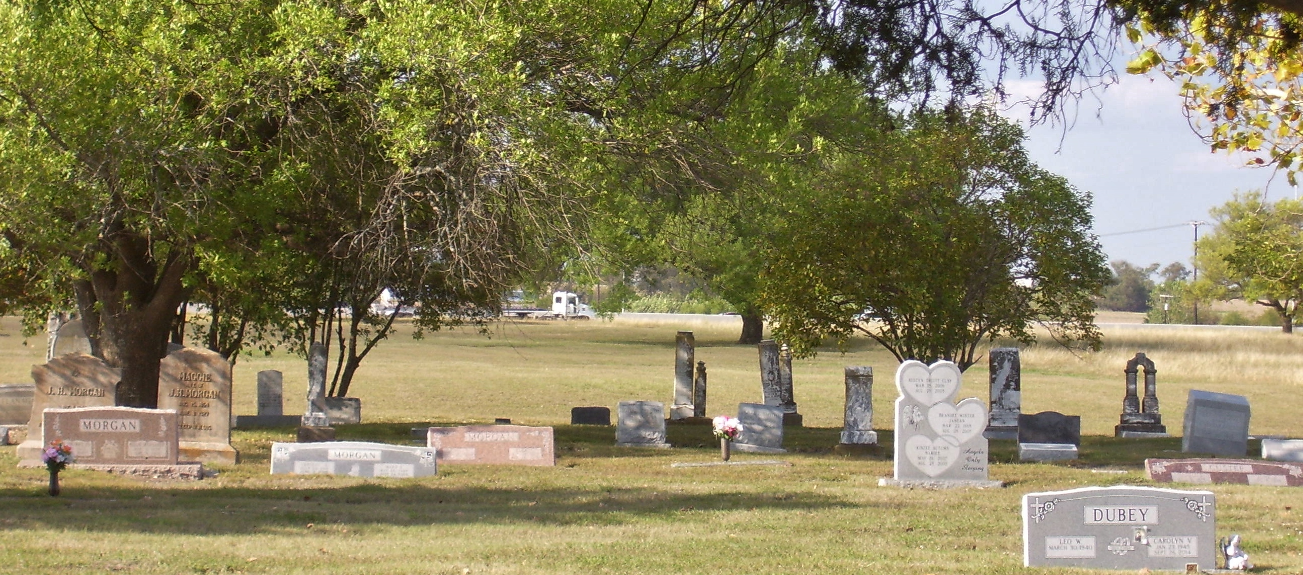 Chapel Hill Memorial Park in Waco, Texas - Find A Grave Cemetery