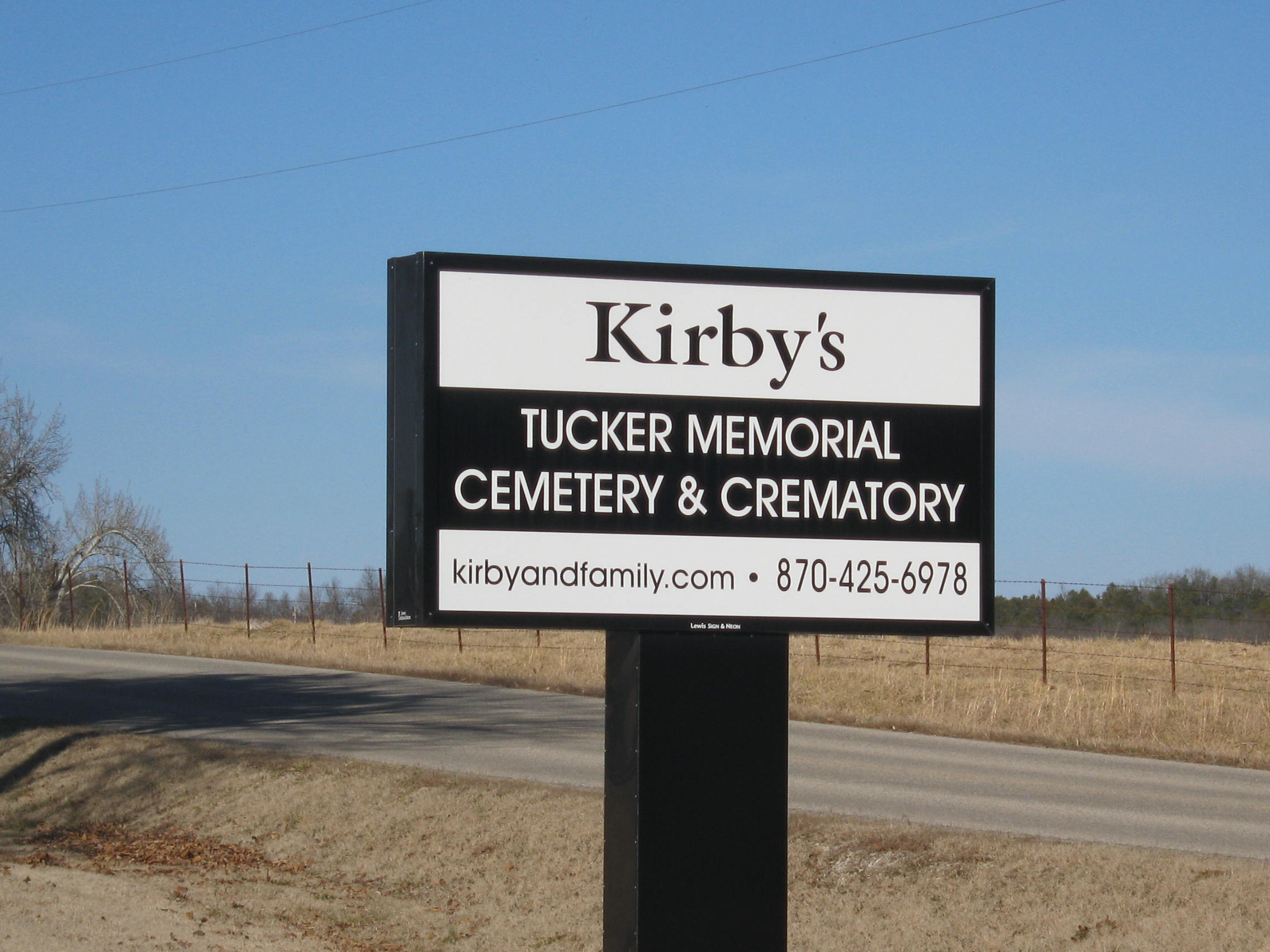 Kirbys Tucker Memorial Cemetery