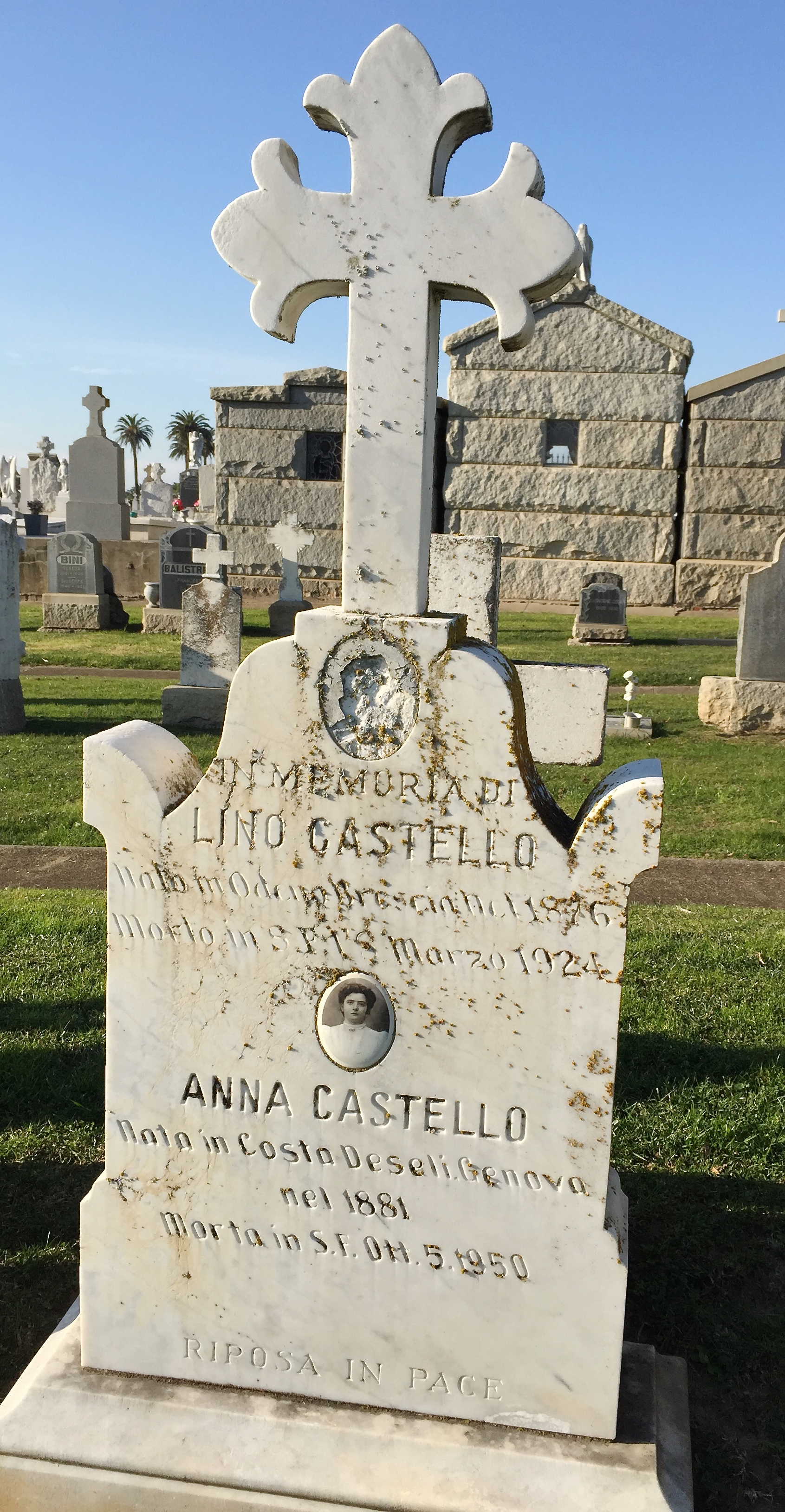 Anna <i>Costa</i> Castello