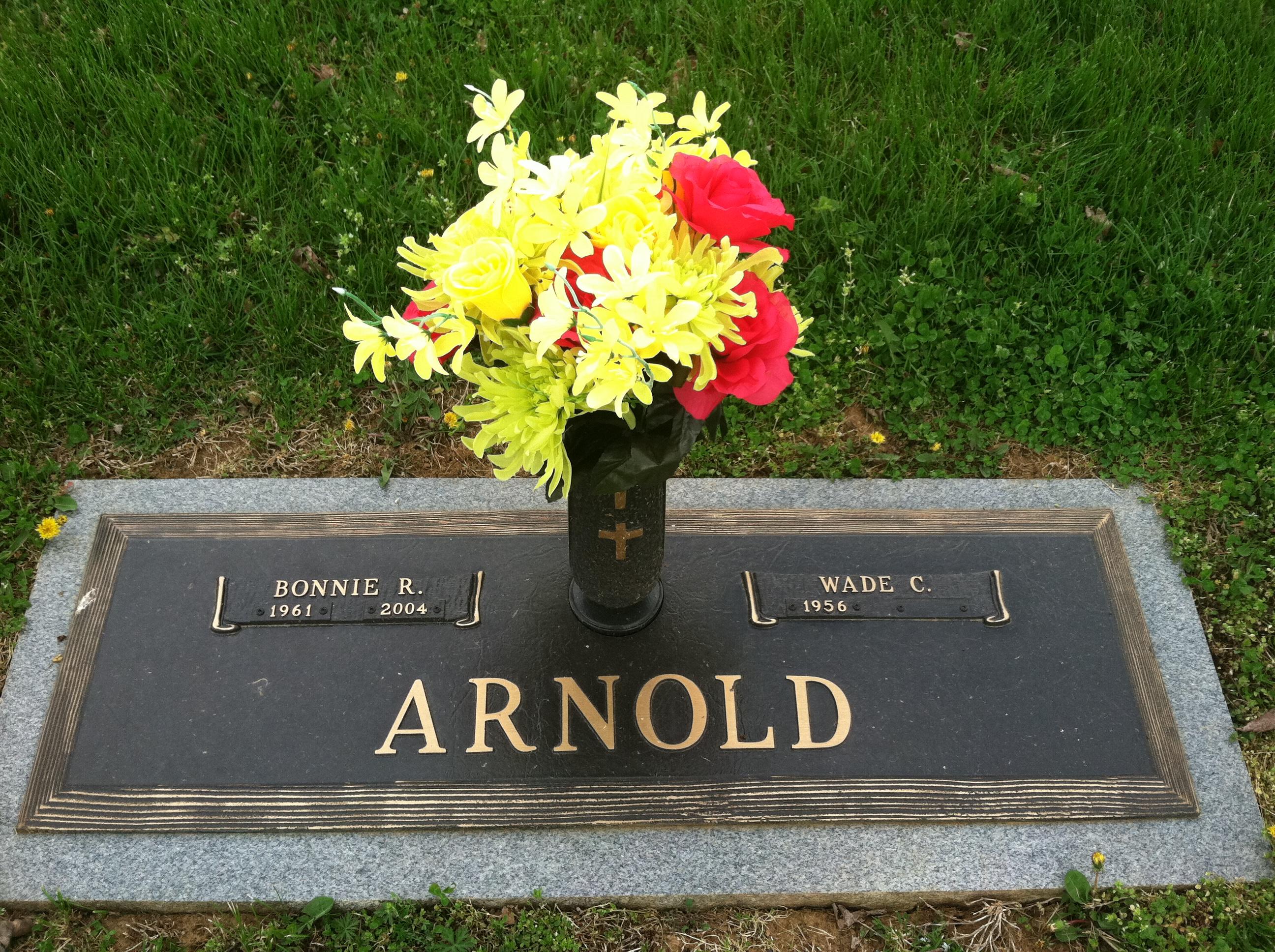 Bonnie Ruth <i>Moorehead</i> Arnold