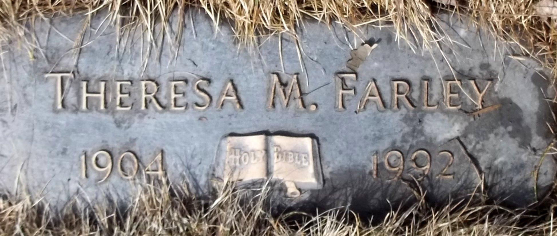 Theresa M <i>Calfee</i> Farley