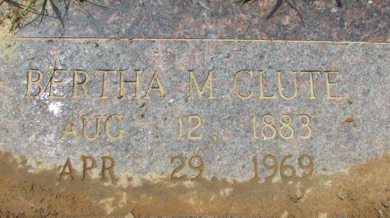 Bertha Mae <i>Williams</i> Clute
