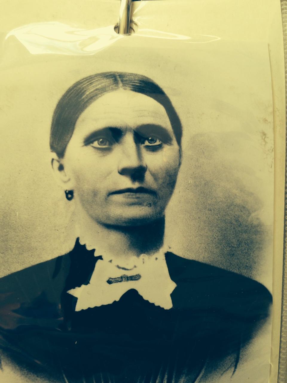 Caroline M <i>Schwenke</i> Buehneman