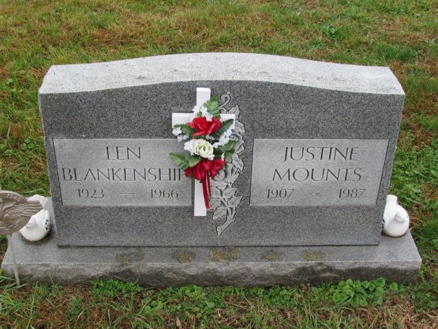 Justine Mounts