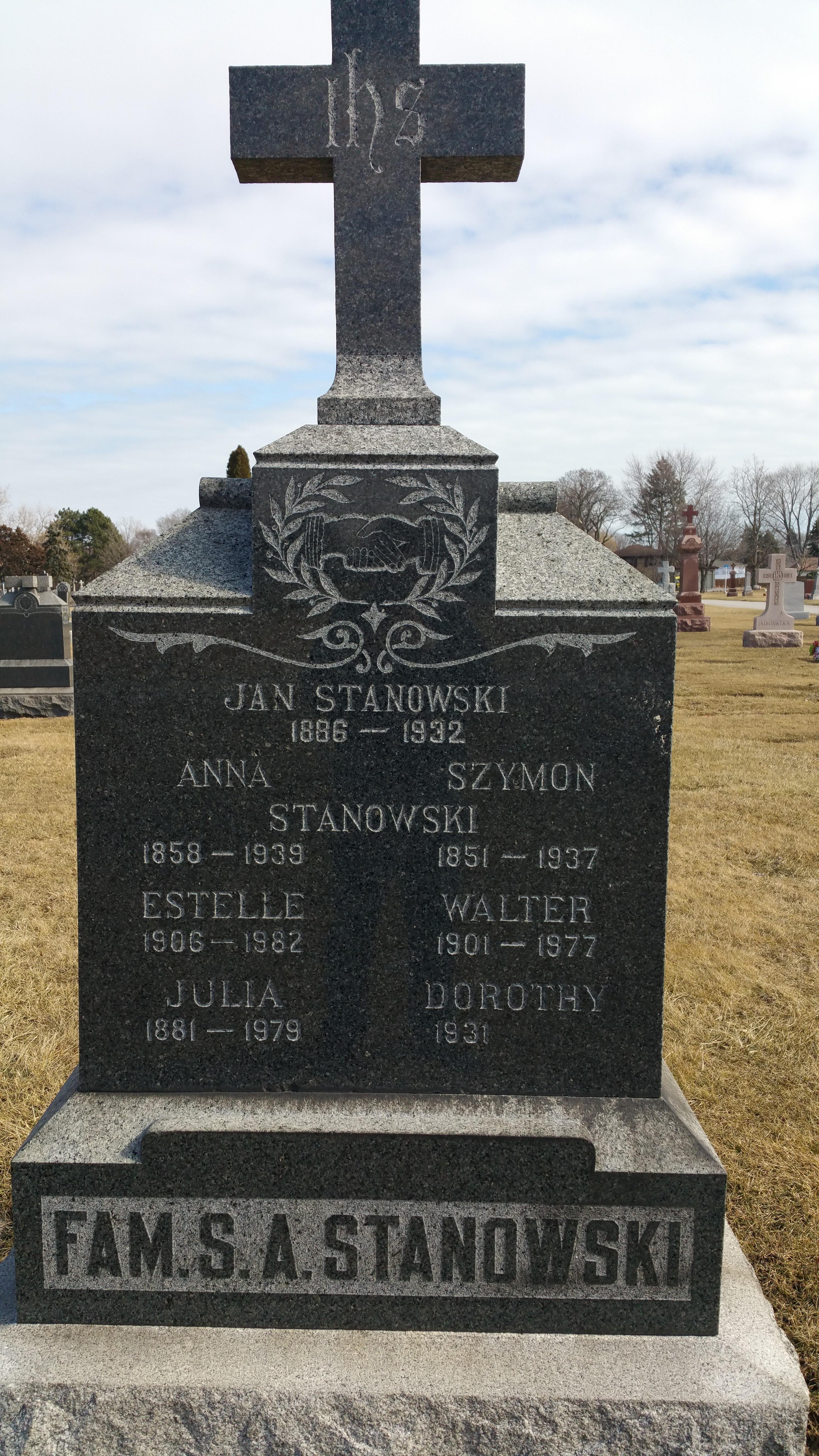 Julia <i>Klimek</i> Stanowski
