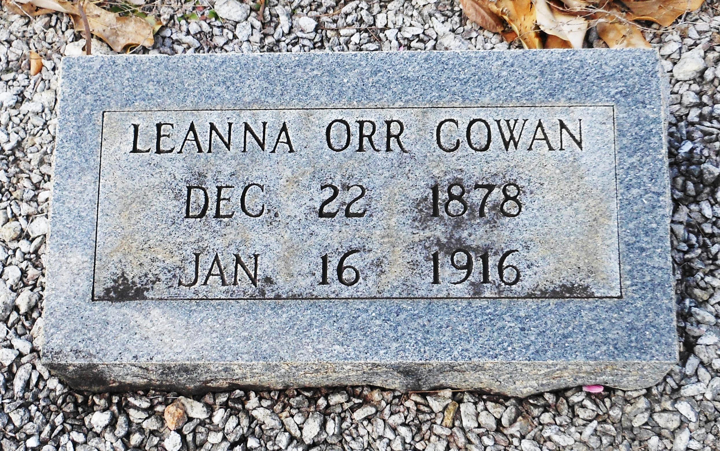 Leanna <i>Orr</i> Cowan
