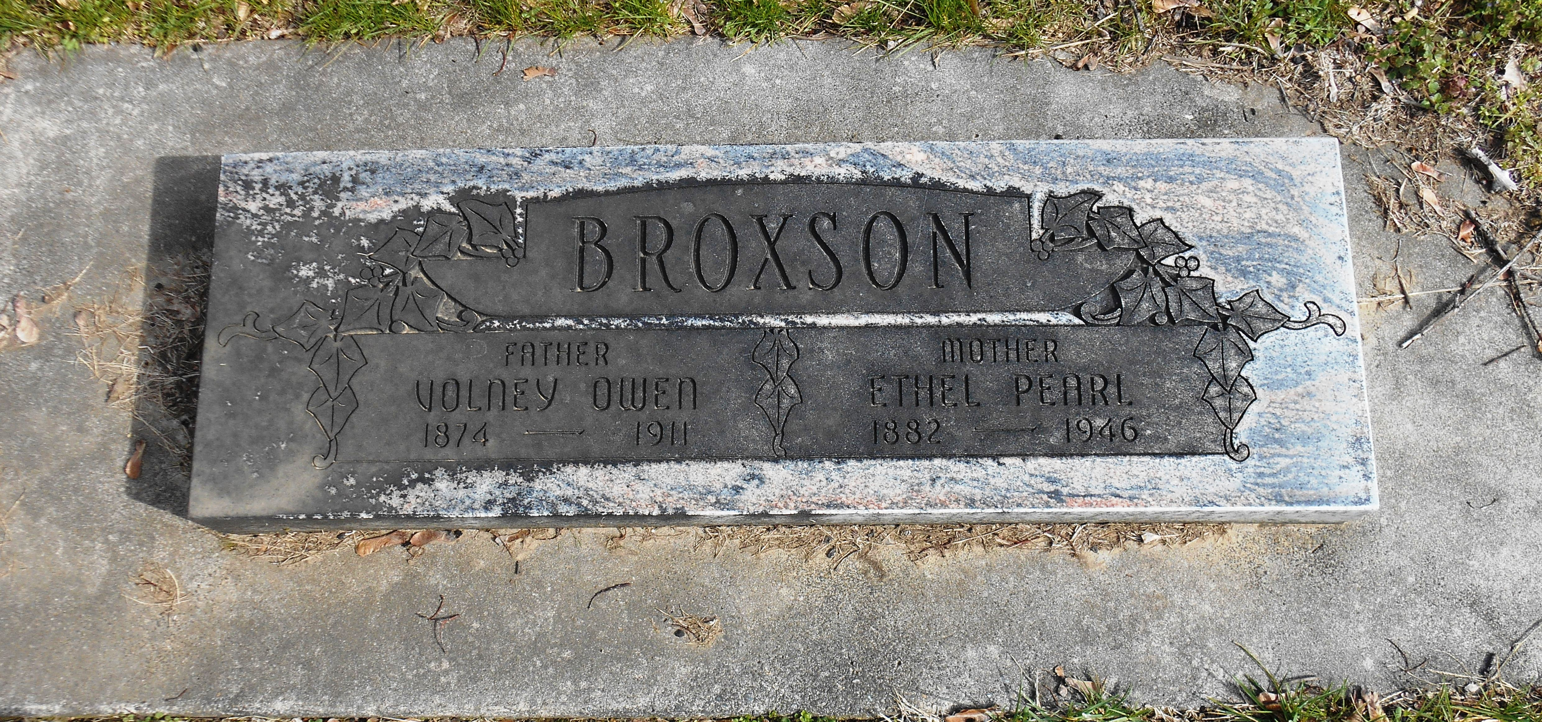 Pearl Ethel <i>Bussell</i> Broxson