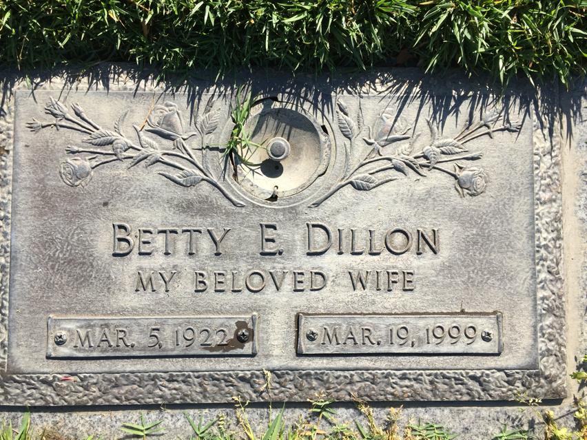 Betty Elaine <i>Boyle</i> Dillon