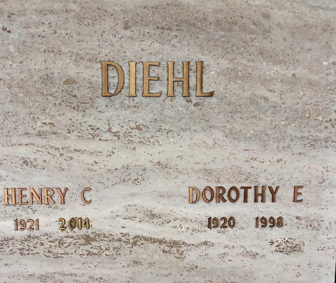 Dorothy E Diehl