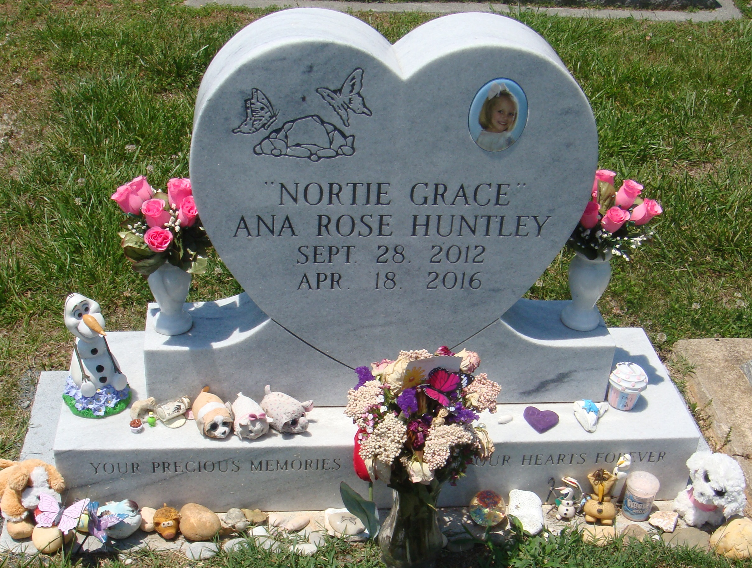 """Ana Rose ana rose """"nortie grace"""" huntley (2012-2016) - find a grave"""