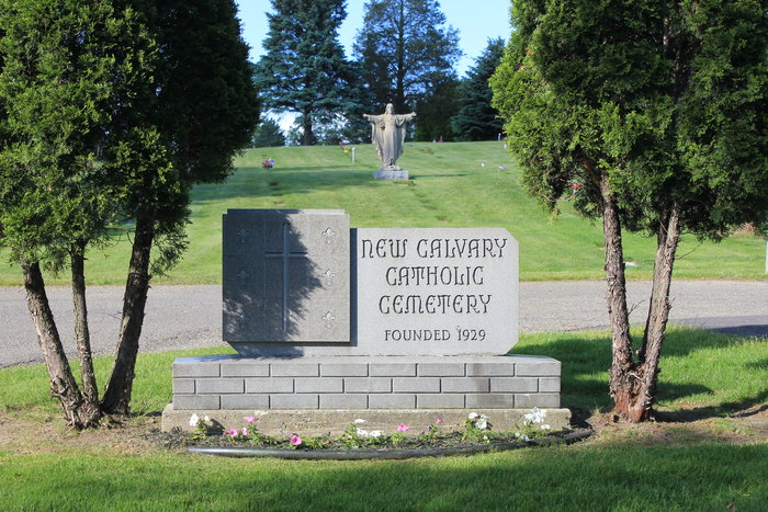 New Calvary Catholic Cemetery