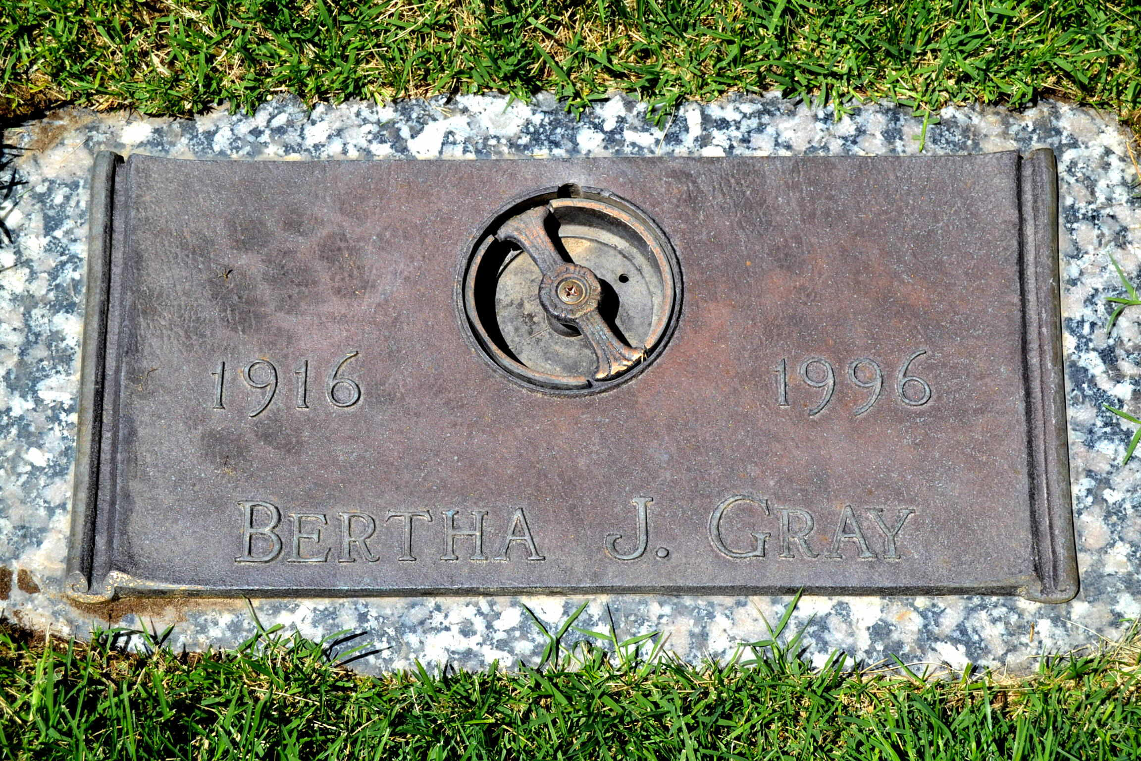 Bertha Jane <i>Douglas Saley</i> Gray