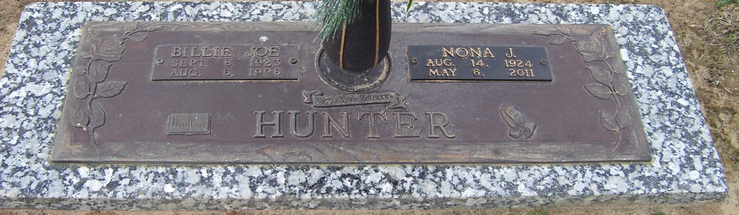 Nona J Nonie <i>Phillips</i> Hunter