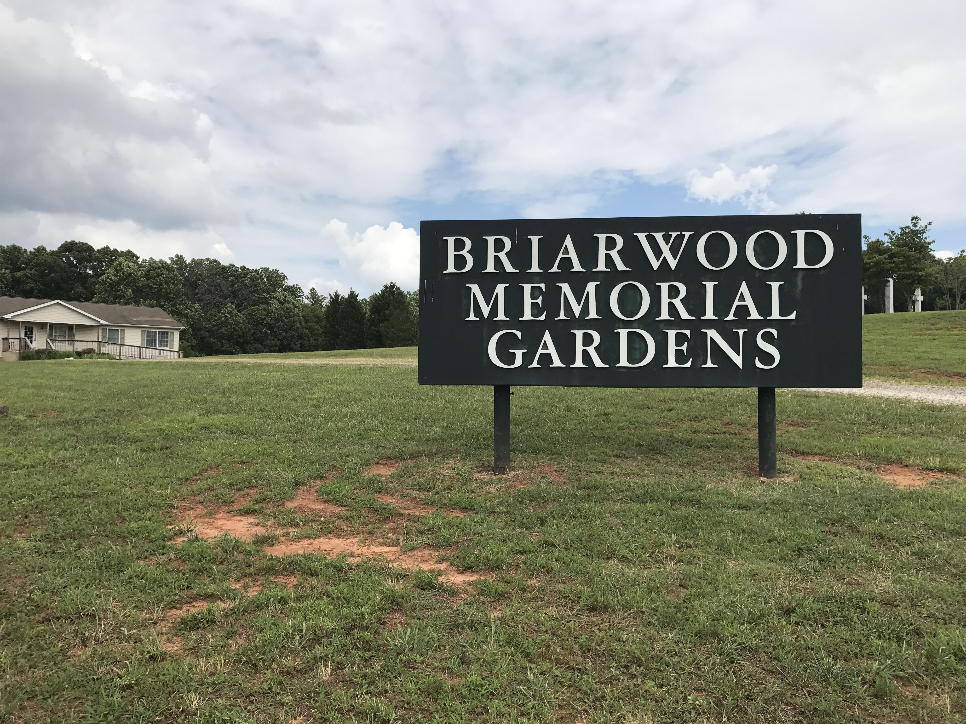 Briarwood Memorial Gardens