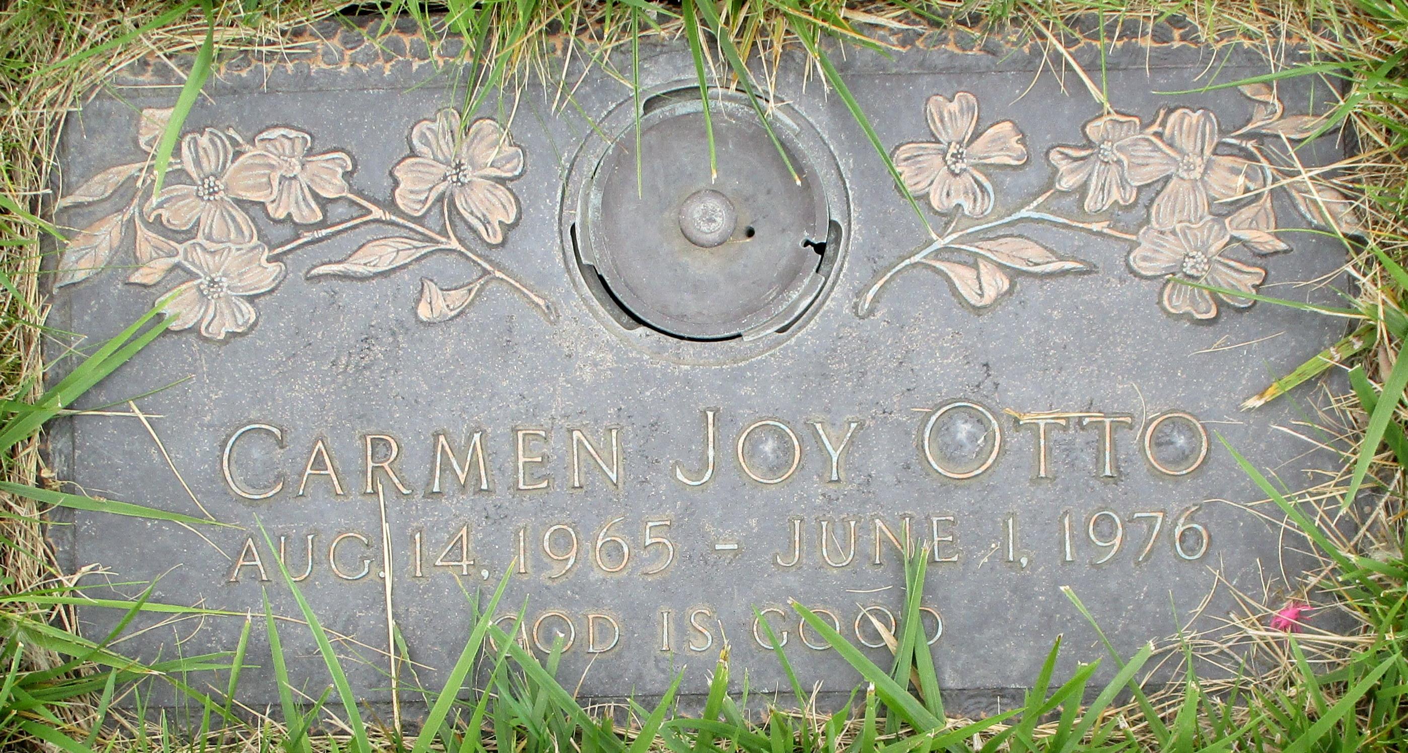Carmen Joy