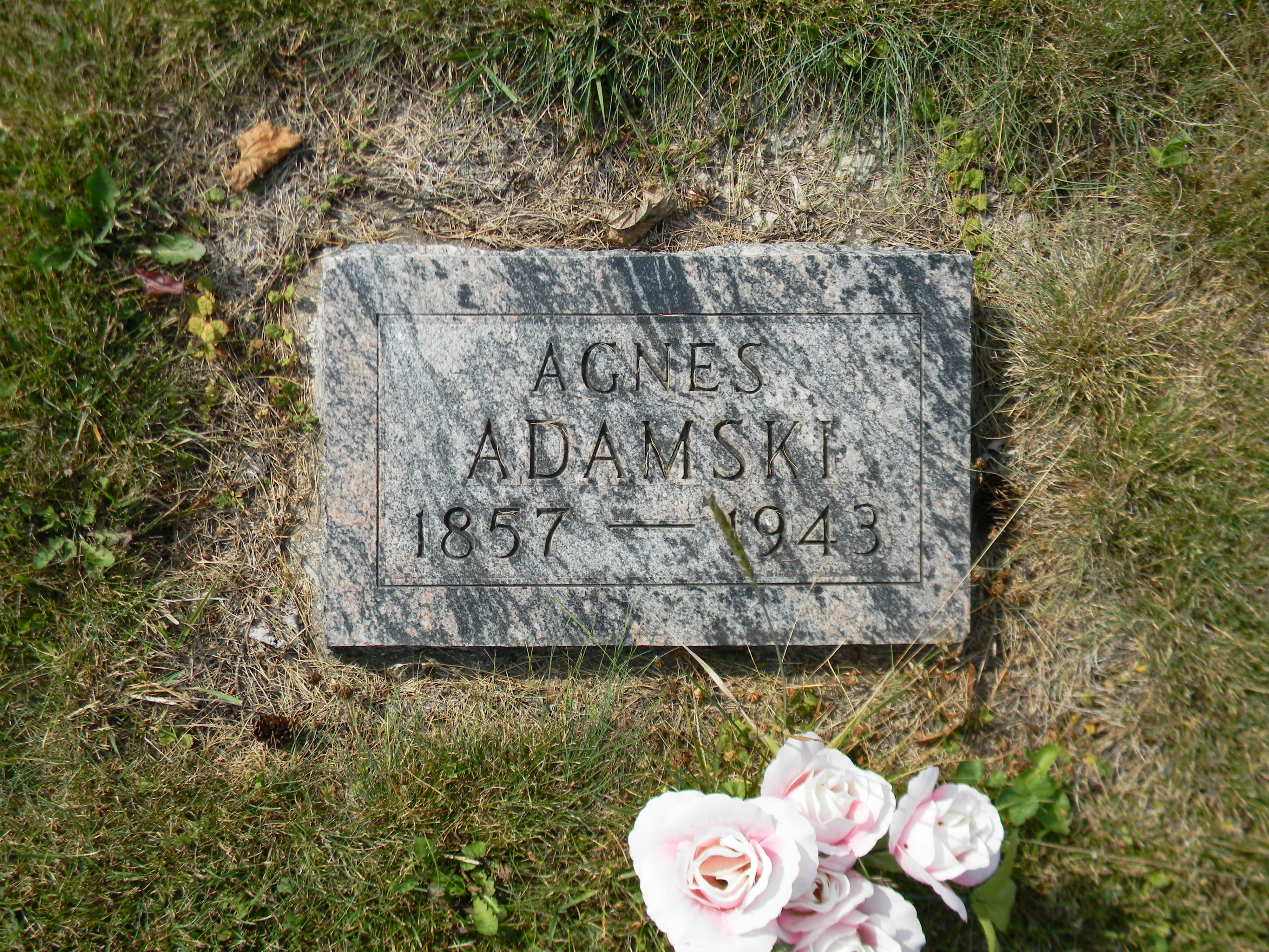 Agnes Adamski