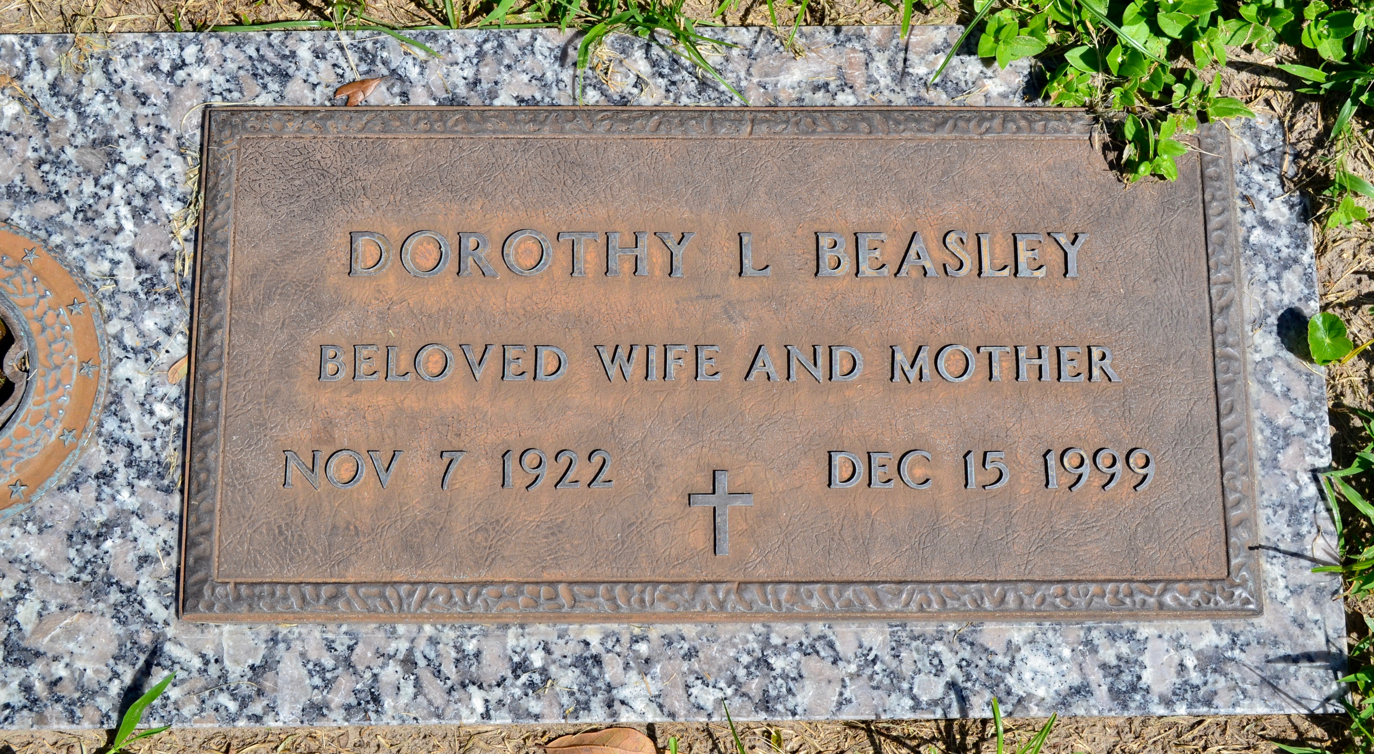 Dorothy Lee Beasley (1922-1999) - Find A Grave Memorial