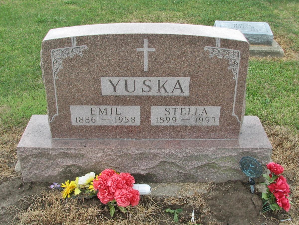 Stazy Stella Anna <i>Chaska</i> Yuska