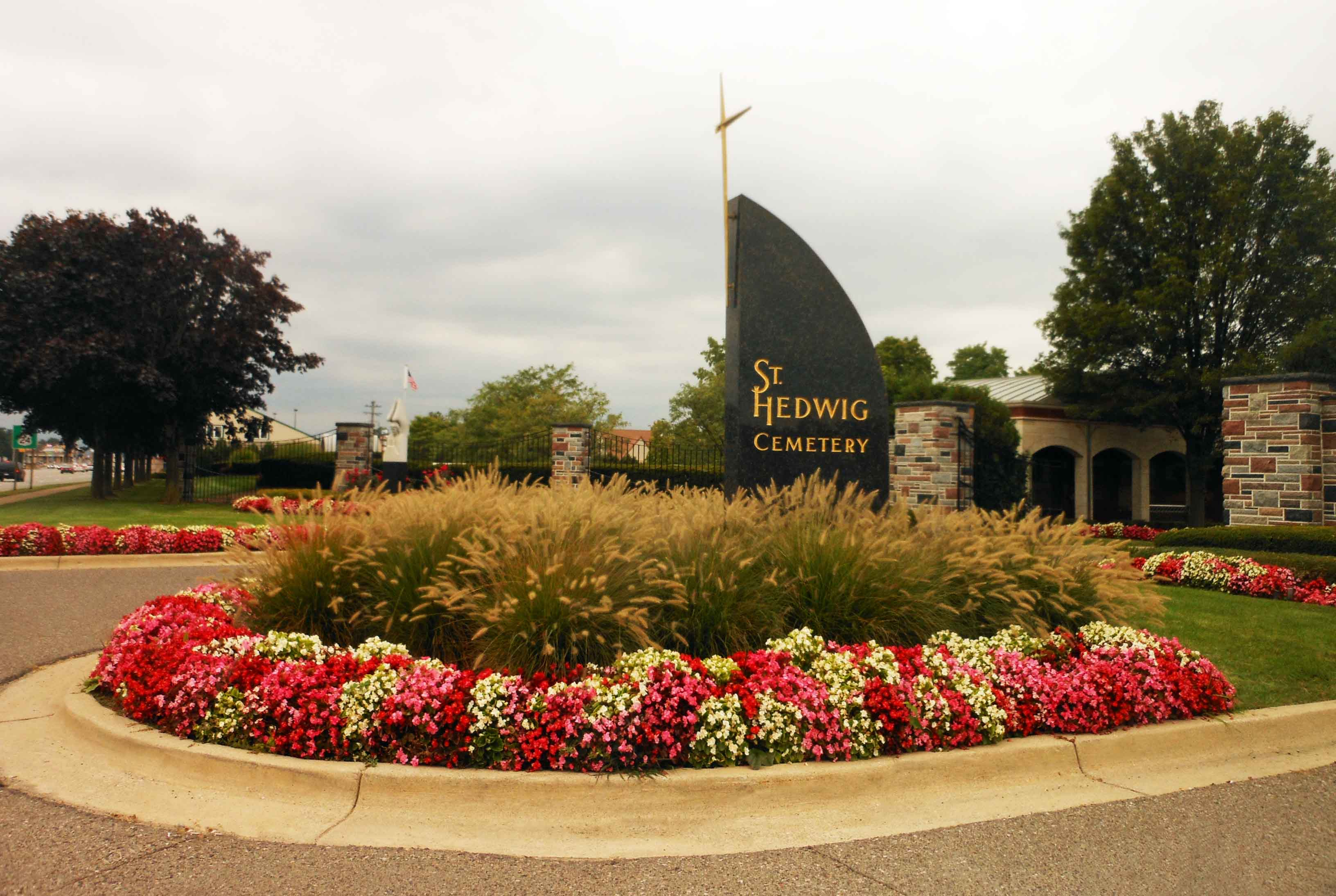 Saint Hedwig Cemetery in Dearborn Heights, Michigan - Find A Grave ...