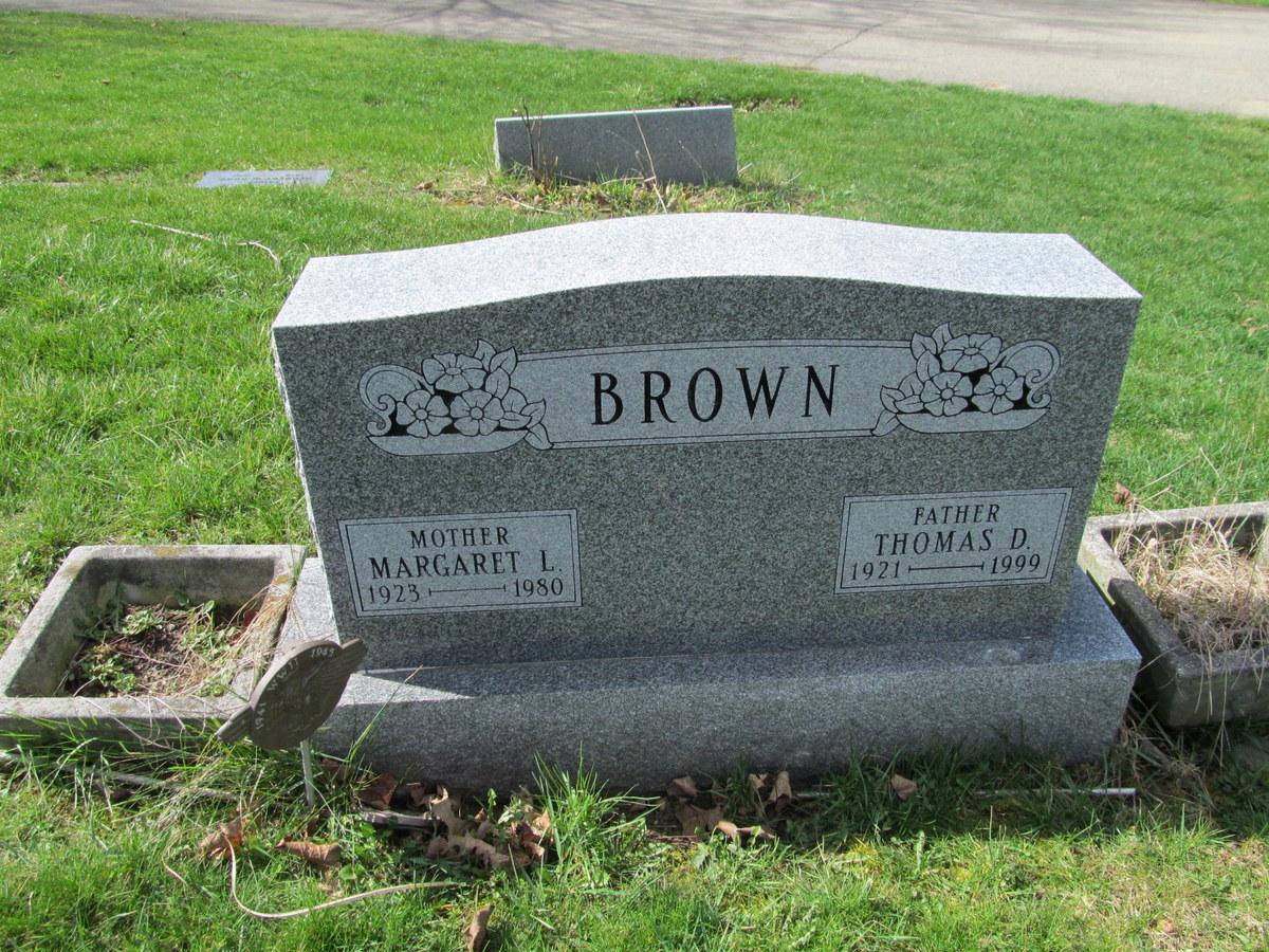 Margaret Lorraine Peg <i>McCracken</i> Brown