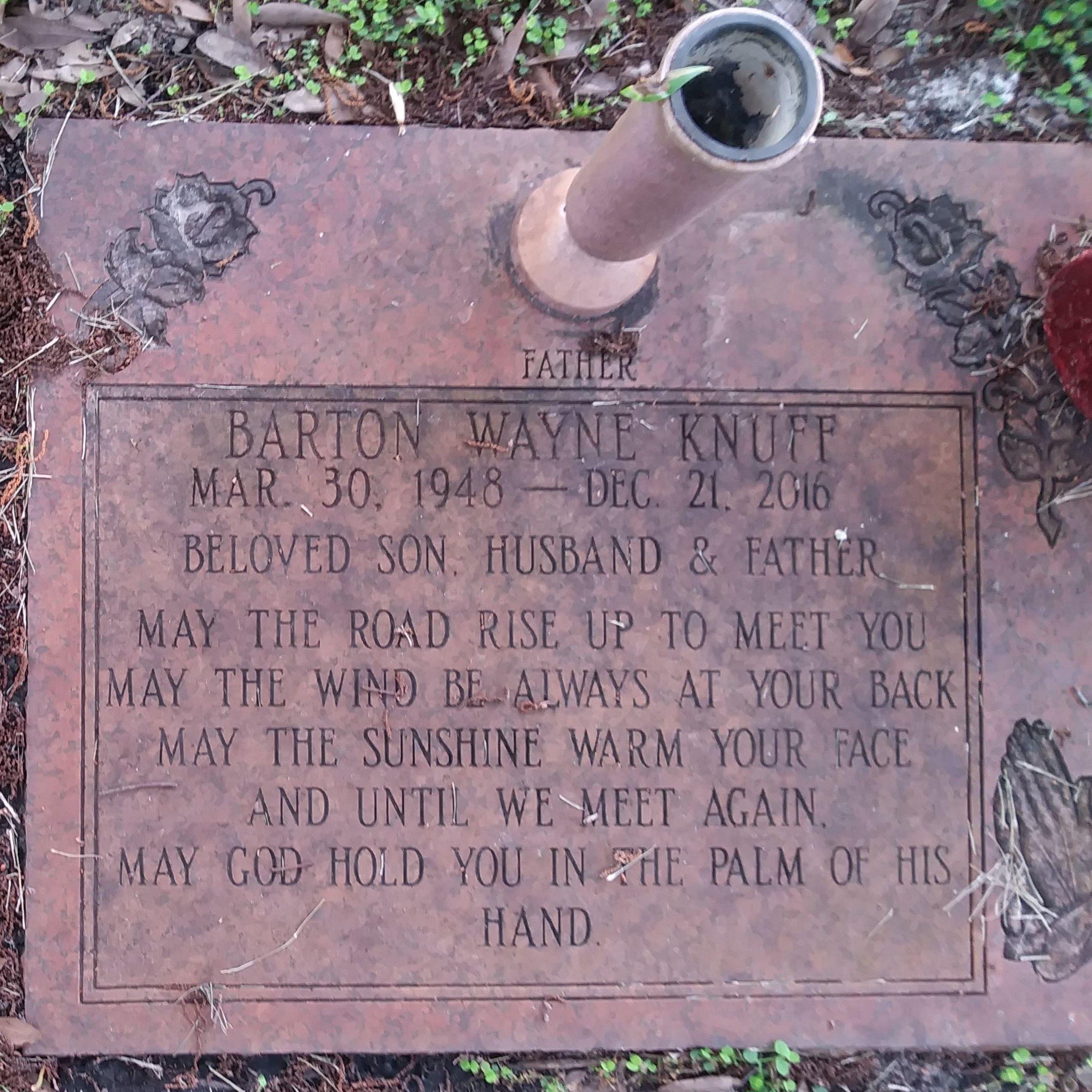 "Barton Wayne ""Bart"" Knuff (1948-2016) - Find A Grave Memorial"