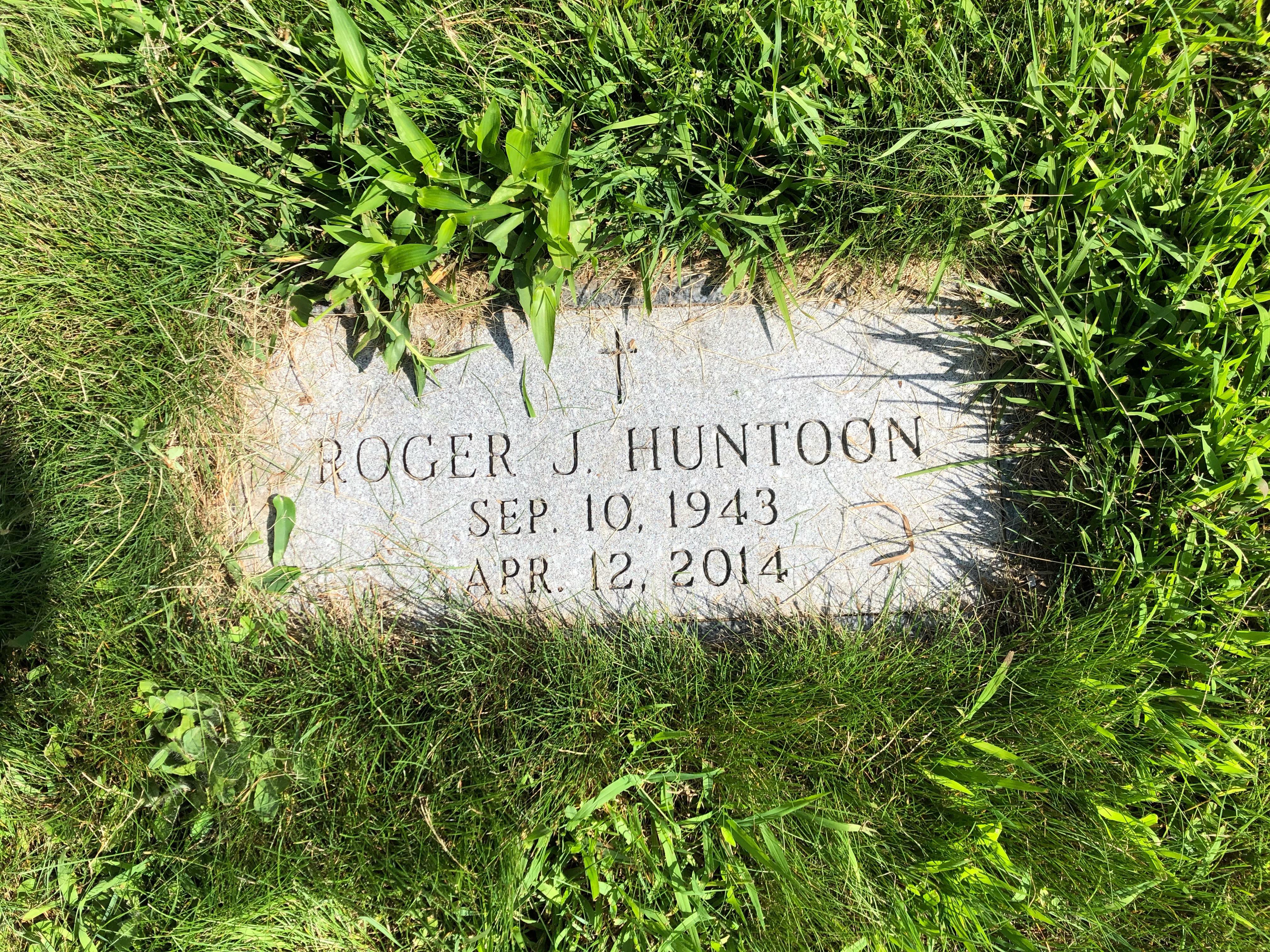 Roger J Huntoon (1943-2014) - Find A Grave Memorial