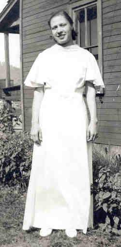 Anna Margaret <I>Tomasek</I> Nesbitt