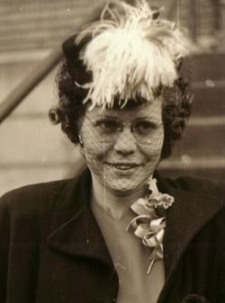 Edna Lorraine <I>Eberle</I> Maxwell