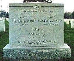 Maj Richard L. Bakke