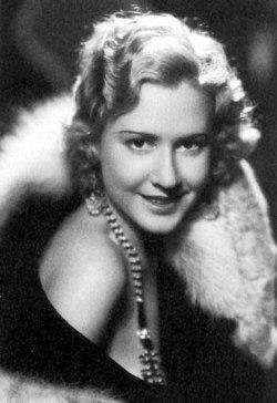Mae Clarke