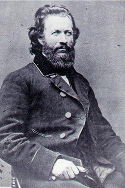 Clark Mills