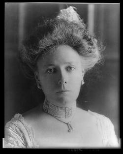 """Helen """"Nellie"""" <I>Herron</I> Taft"""