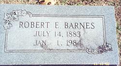 Robert E Barnes