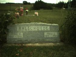 Fred Jacob Ahlschwede