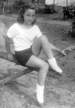 Felicia Helen Bauerle