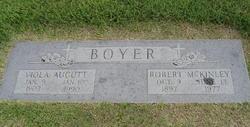 Viola <I>Aucutt</I> Boyer