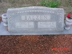 Novelia E. <I>Heyen</I> Balzen