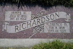 Florence M <I>Holtom</I> Richardson