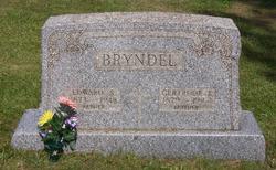 Edward S Bryndel