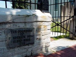 Saint Georges Episcopal Burial Ground