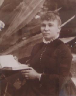 Pauline Wiegand <I>Navard</I> Pisson