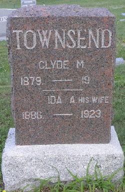 Clyde M Townsend