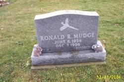 Ronald R Mudge