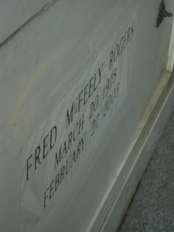 Fred Rogers 1928 2003 Find A Grave Memorial