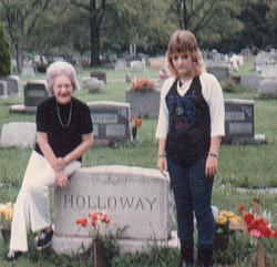 Mattie Lucille <I>Holloway</I> Mouzis