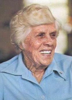 """Bessie Lillian """"Miss Lillian"""" <I>Gordy</I> Carter"""