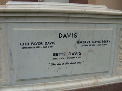 "Barbara Harriett ""Bobby"" <I>Davis</I> Berry"