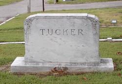 Mary V <I>Ross</I> Tucker